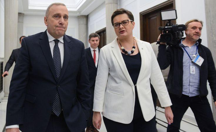 Liderzy PO i Nowoczesnej Grzegorz Schetyna i Katarzyna Lubnauer (fot. arch.PAP/Jakub Kamiński)
