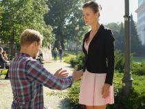 """– Wyjdziesz za mnie? – Krzysiek nie zamierza dłużej czekać na """"Trytytkę"""" (fot. A. Grochowska)"""