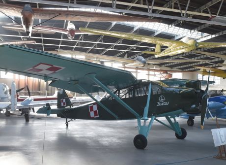 Odrestaurowany samolot LWD Żuraw