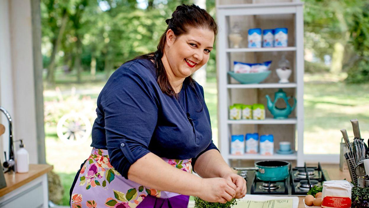 Agata jak zwykle uśmiechnięta, żaden ptyś jej nie straszny! (fot. TVP)