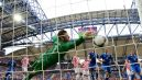 Stipe Pletikosa kapituluje po strzale Pirlo (fot. Getty Images)