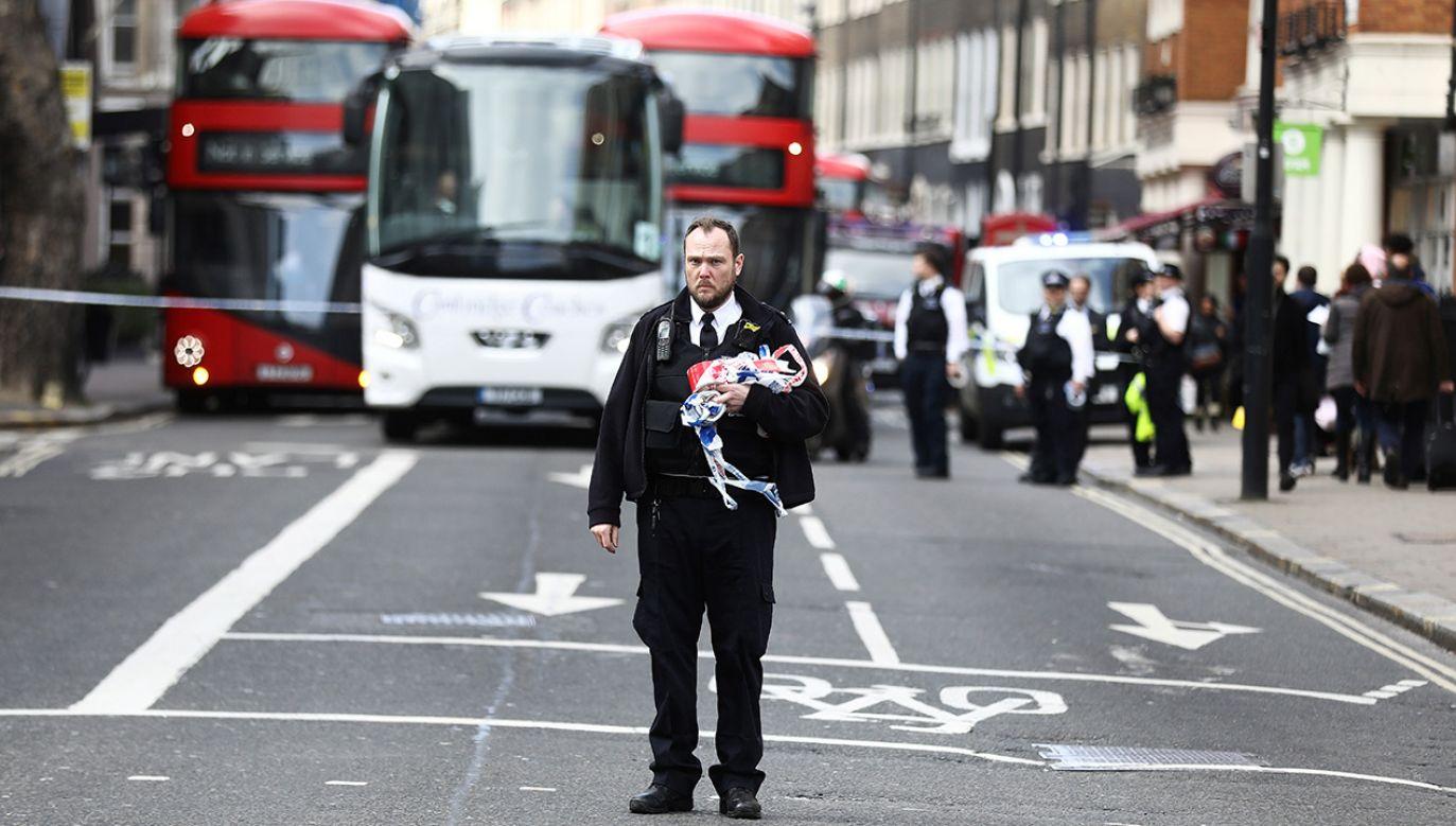 Ewakuacja siedziby Cambridge Analytica (fot. REUTERS/Simon Dawson)