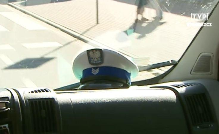 Policjanci zatrzymali prawo jazdy piratom drogowym