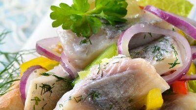 Okrasa łamie przepisy – Niezwykłe dania z ryb