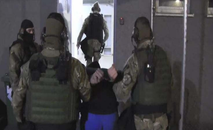 Po 12-godzinnej obławie policja schwytała 30-latka
