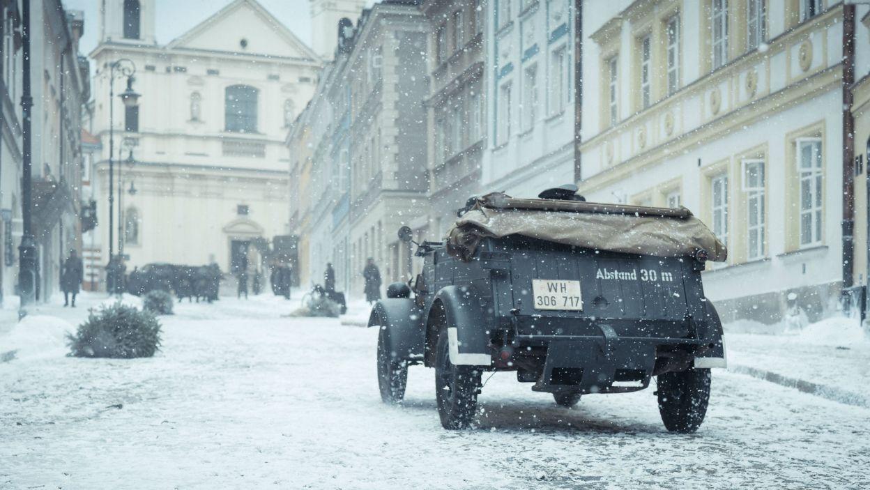 Zdjęcia kręcone były także w Warszawie, m.in. na ulicy Mostowej... (fot. Bartosz Mrozowski)
