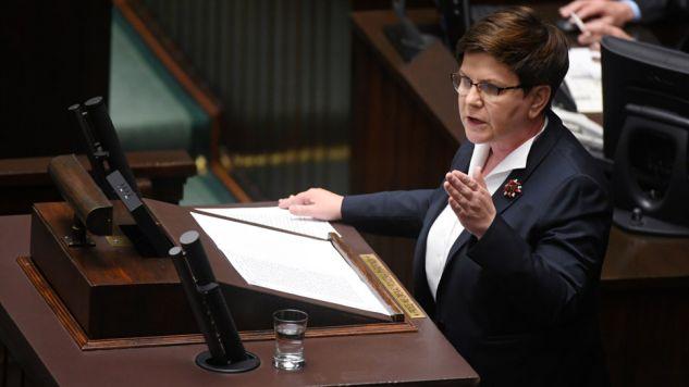 Premier w przemówieniu odniosła się do kwestii terroryzmu (fot. PAP/Bartłomiej Zborowski)