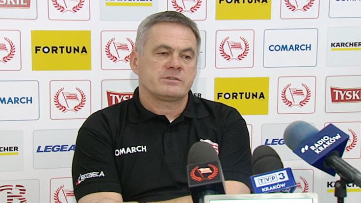Trener piłkarzy Cracovii Jacek Zieliński (fot. TVP3 Kraków)