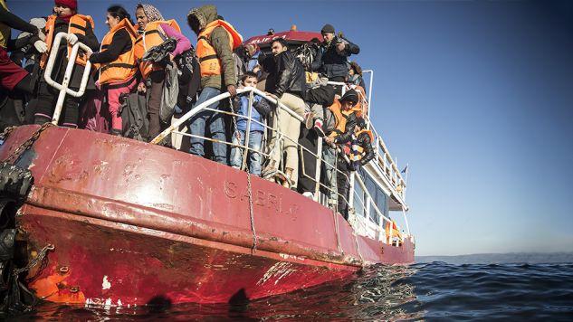 W 2016 r. do Włoch drogą morską dotarło 181 tys. osób (fot. Ozge Elif Kizil/Anadolu Agency/Getty Images)