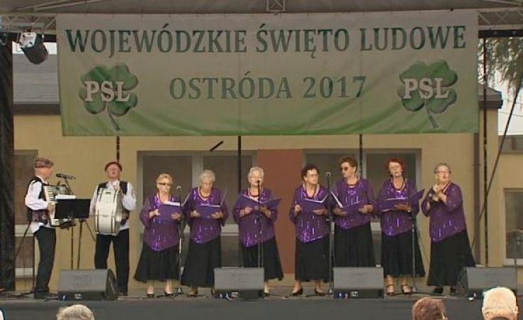 """Na scenie zaprezentował się m.in. Zespół Ludowy """"Wrzosy"""""""