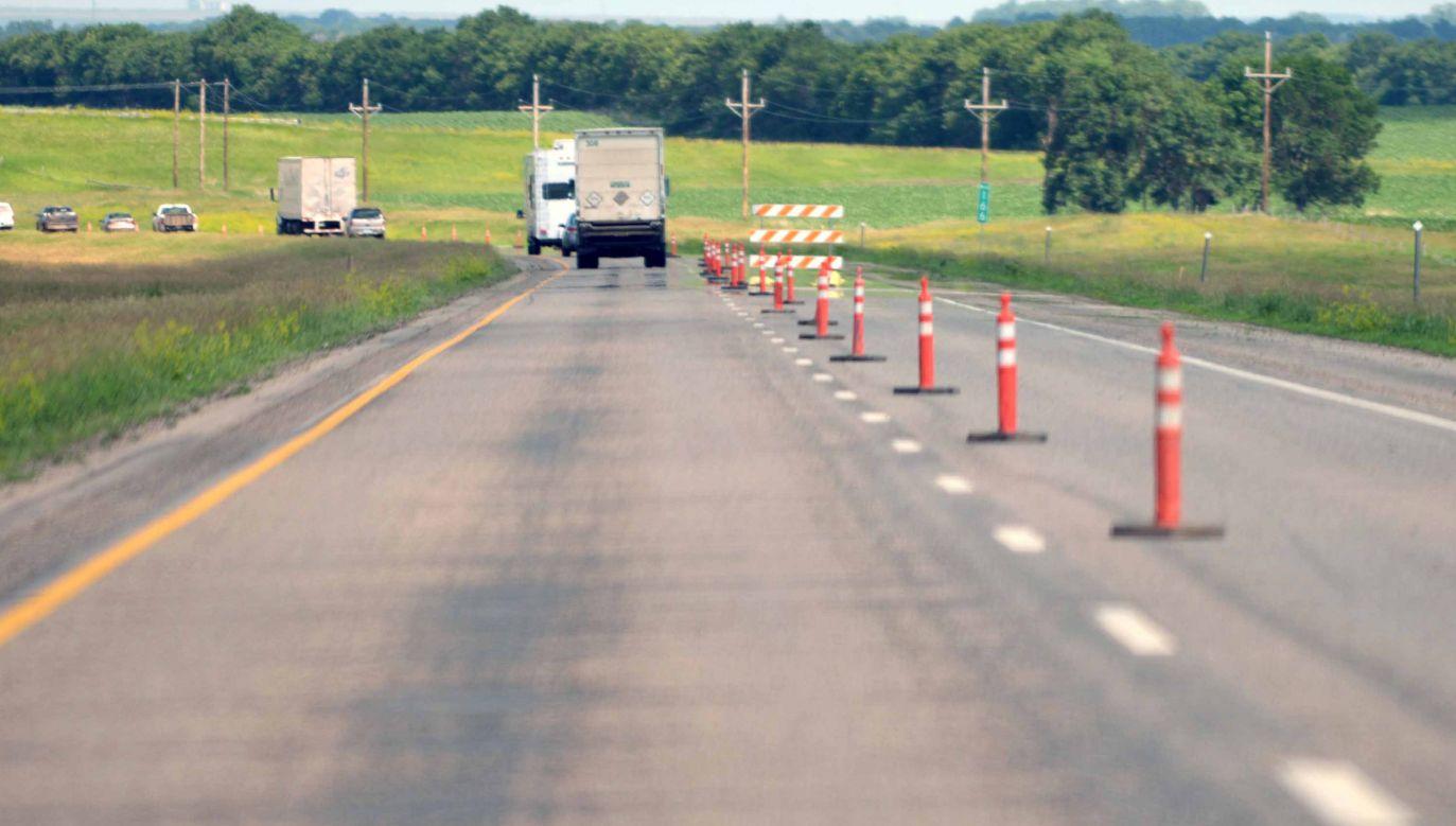 Budowany odcinek drogi z Lubnia do Naprawy połączy istniejącą S7 z budowanym tunelem w masywie góry Luboń Mały (fot. www.flickr.com/North Dakota)