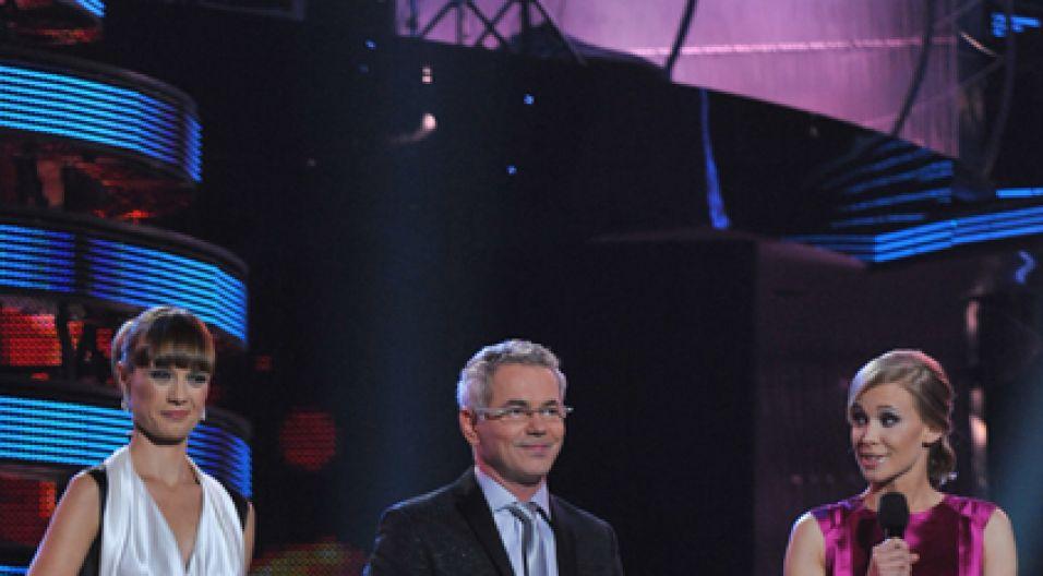 Gospodarze koncertu: Paulina Chylińska, Robert Janowski i Alekandra Rosiak (fot. Ireneusz Sobieszczuk/TVP)