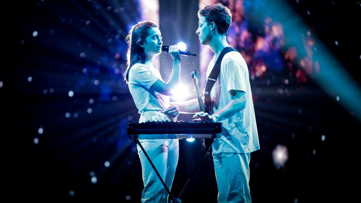 """Ich duet skradł serca nie tylko Słoweńcom, bo głosami całej Europy znalazł się w finale. Piosenka """"Sebi"""" wprowadziła widzów w liryczny nastrój. Ale to nie wystarczyło, by wygrać konkurs (fot. Andres Putting/EBU)"""