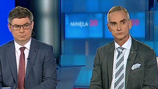 Jan Grabiec i (L) i Jan Maria Jackowski komentowali slowa szefa NATO (fot. TVP)