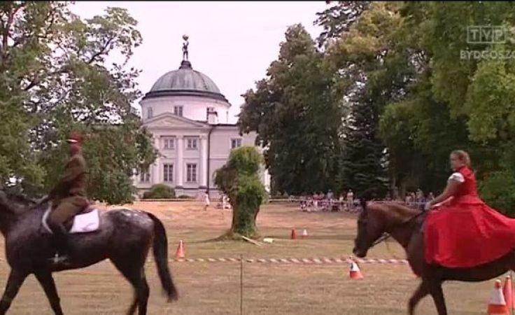 W Lubostroniu odbył się 24. Konkurs Pojazdów Konnych