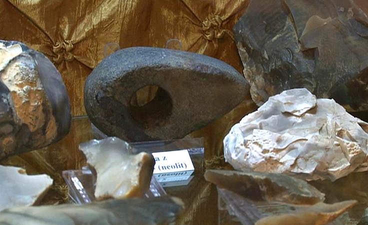 1. Ponad 2 tysiące eksponatów - meteoryty, bursztyny i...