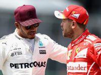 Hamilton atakuje Vettela.