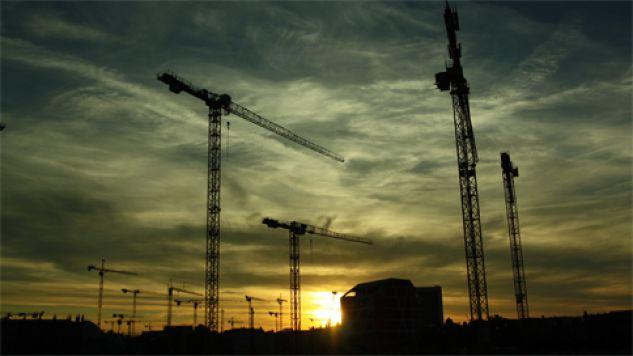 Wpływ na gospodarkę ma m.in. wyraźne ożywienie w branży budowlanej (fot. Pexels)