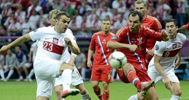 W końcówce na boisku pojawił się Paweł Brożek (fot. PAP/EPA)