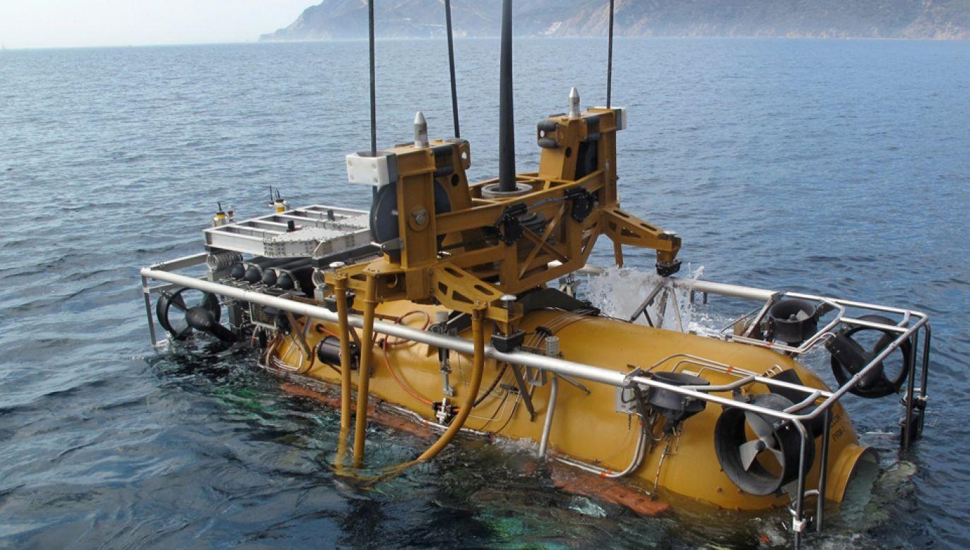 Służby nie ustają w poszukiwaniu okrętu (fot. PAP/EPA/US NAVY/DANIEL MORENO HANDOUT)