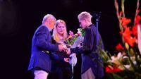 Dzikie Róże rozdane - Grąziowska, Niemczyk i Harper ze statuetkami