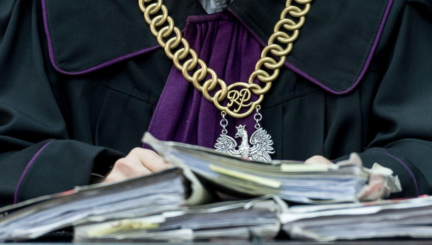 Karanie sędziów odbywało się w praktyce jedynie poprzez upomnienia bądź udzielanie nagan (fot. PAP/Maciej Kulczyński)