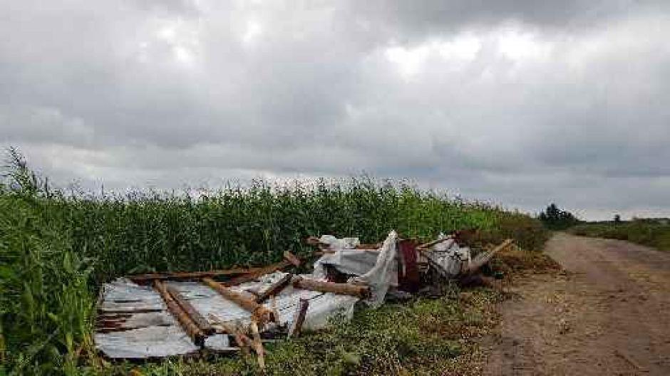 Zniszczony dom w Gabrielinie (fot. Amadeusz Lewandowski)