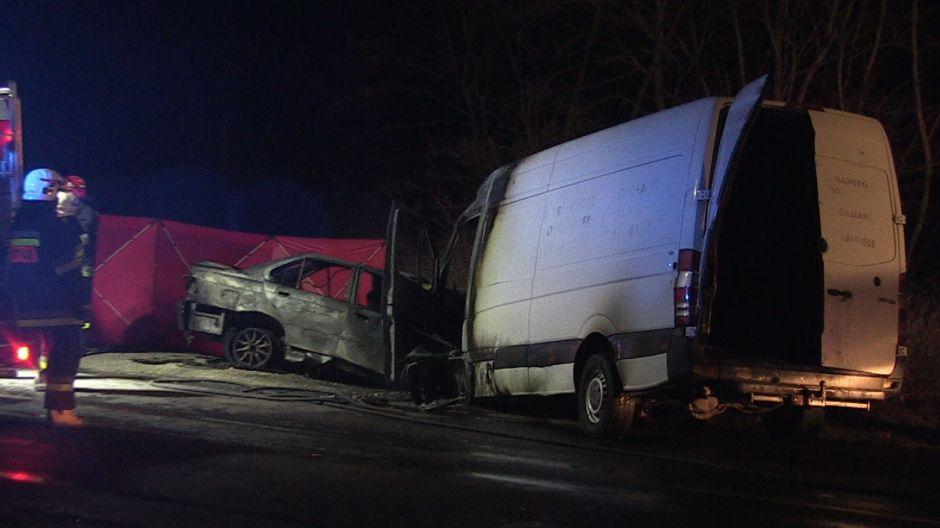 W BMW zginął kierowca. Spłonął w aucie (fot. EMI-media)