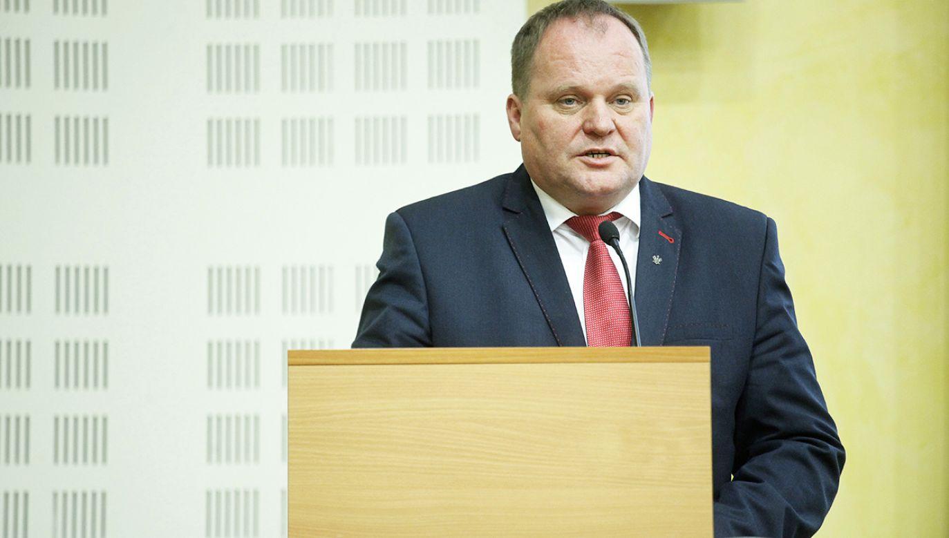 Mieczysław Baszko nie potwierdza odejścia (fot. arch.PAP/Artur Reszko)