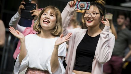 Halo, tu Pjongczang (odc. 18): blaski i cienie koreańskiego show-biznesu