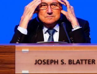 """Ujawniono skalę korupcji w FIFA. """"Nic o Blatterze"""""""
