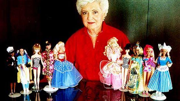 Ruth Handler i jej kolekcja pierwszych lalek Barbie (fot. fb/Ruth Handler)