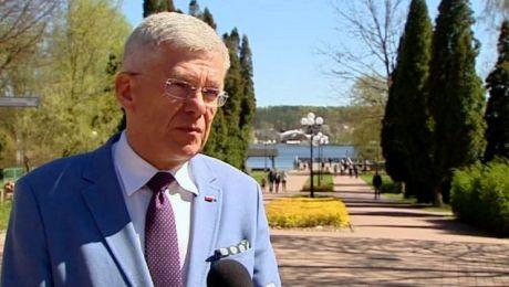 Minister i marszałek o tzw. piątce premiera Morawieckiego