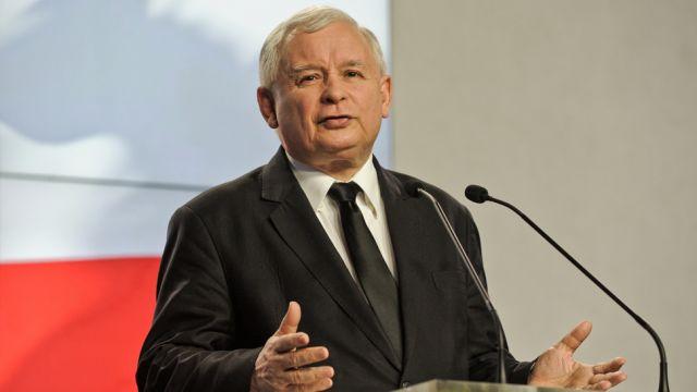 """""""Rozstrzygnijmy wybory w I turze"""". Kaczyński: to hasło może być skierowane do komisji wyborczych"""
