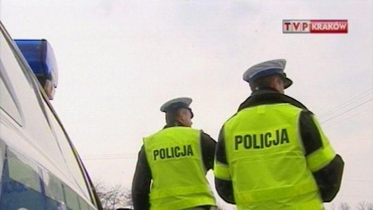 Policja kierowała samochody z węzła Wielicka na drogę krajową nr 4