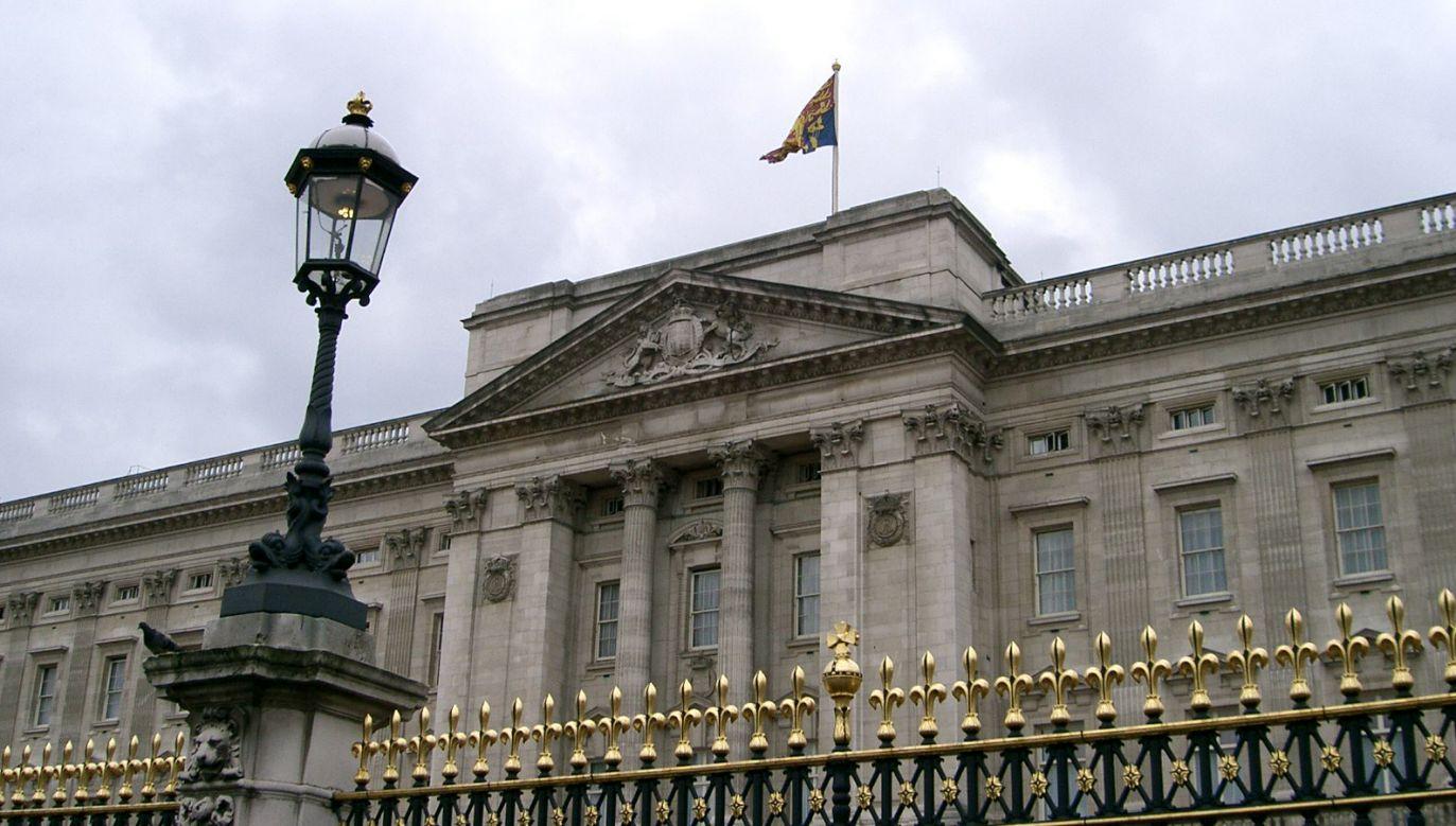 Dokumenty miały dotyczyć urzędnika państwowego oraz pracownika Pałacu Buckingham (fot. flickr/edwin.11)