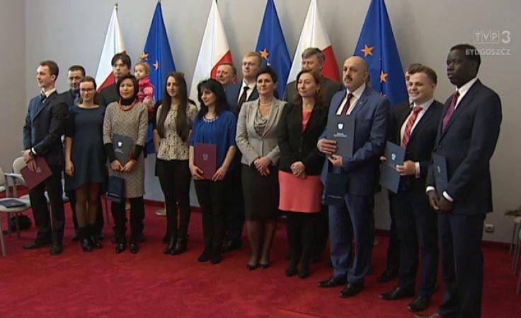 14 obcokrajowców z regionu z polskim obywatelstwem