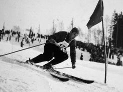 Włoch Zeno Colo na trasie slaloma giganta (fot. Getty Images)