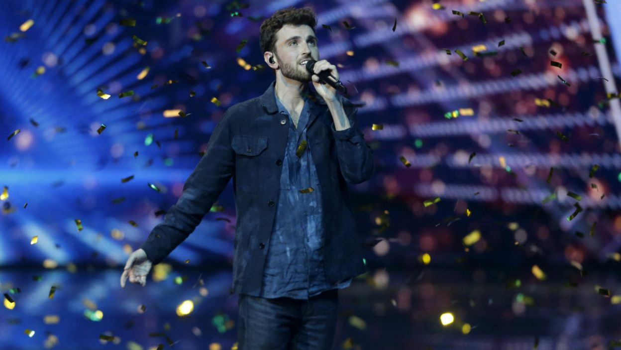 """25-letni Duncan Laurence uchodził od początku za jednego z faworytów tegorocznej Eurowizji z nastrojową piosenką """"Arcade"""", kruszącą kobiece serca (fot. PAP)"""