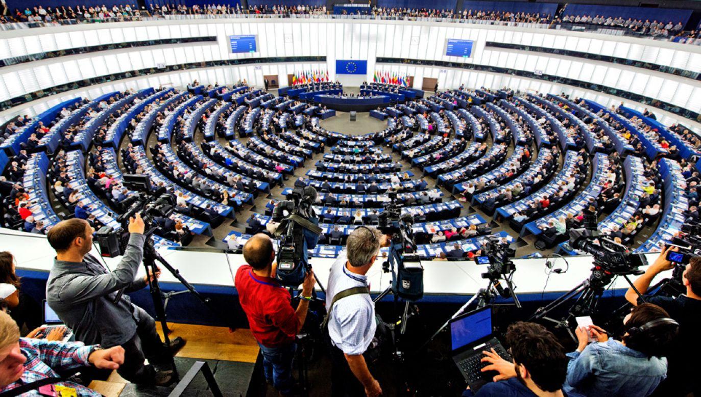 Przyjęcie rezolucji poparło 438 europosłów, 152 było przeciw, a 71 wstrzymało się od głosu (fot. CC)