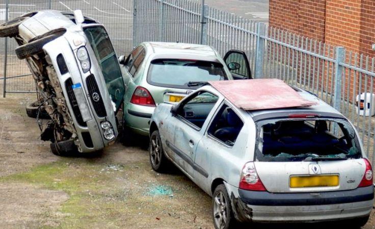 Szara strefa demontażu starych pojazdów