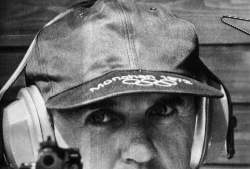 W 1968 roku Józef Zapędzki zdobył złoty medal w strzelaniu z pistoletu sylwetkowego (fot. PAP)