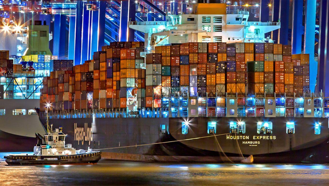 Chiny zamierzają wprowadzić 25-procentowe cła odwetowe na 106 produktów USA (fot. Pexels)