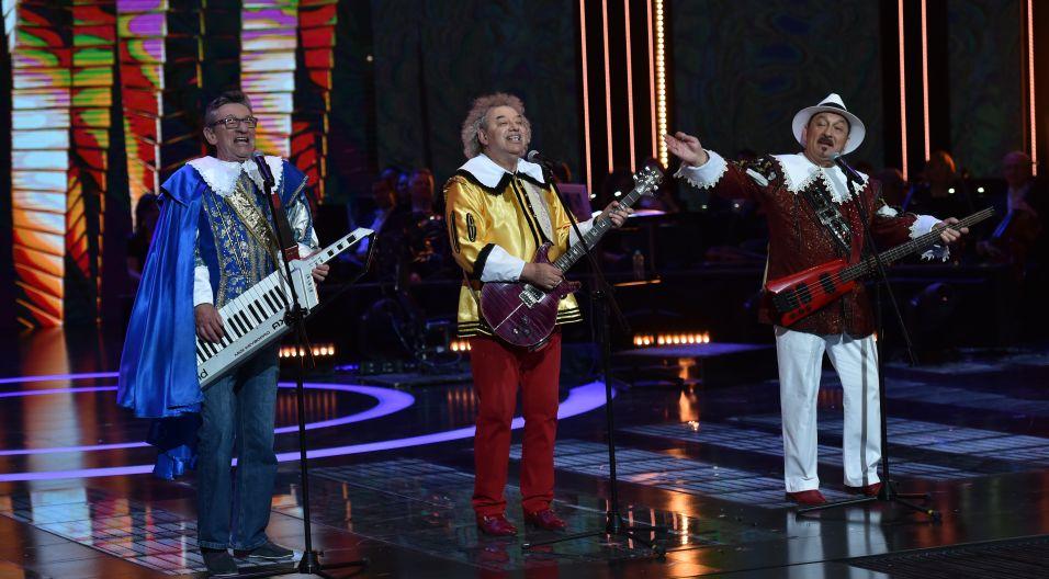"""Trubadurzy – kiedyś ich przeboje śpiewała cała Polska. W Opolu zaśpiewali swoje trzy wielkie hity: """"Znamy się tylko z widzenia"""", """"Kasia"""" i """"Przyjedź mamo na przysięgę""""."""
