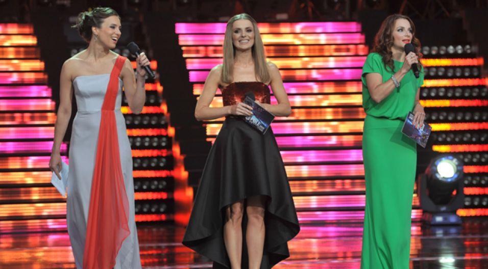 Koncert poprowadziły również niestroniące od śpiewania Anna Czartoryska, Anna Dereszowska i Halina mlynkova (fot. I.Sobieszczuk/