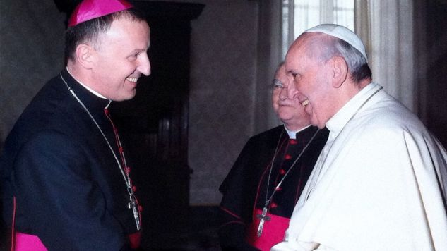 Biskup Marek Solarczyk z papieżem Franciszkiem (fot. Facebook/Bp Marek Solarczyk)