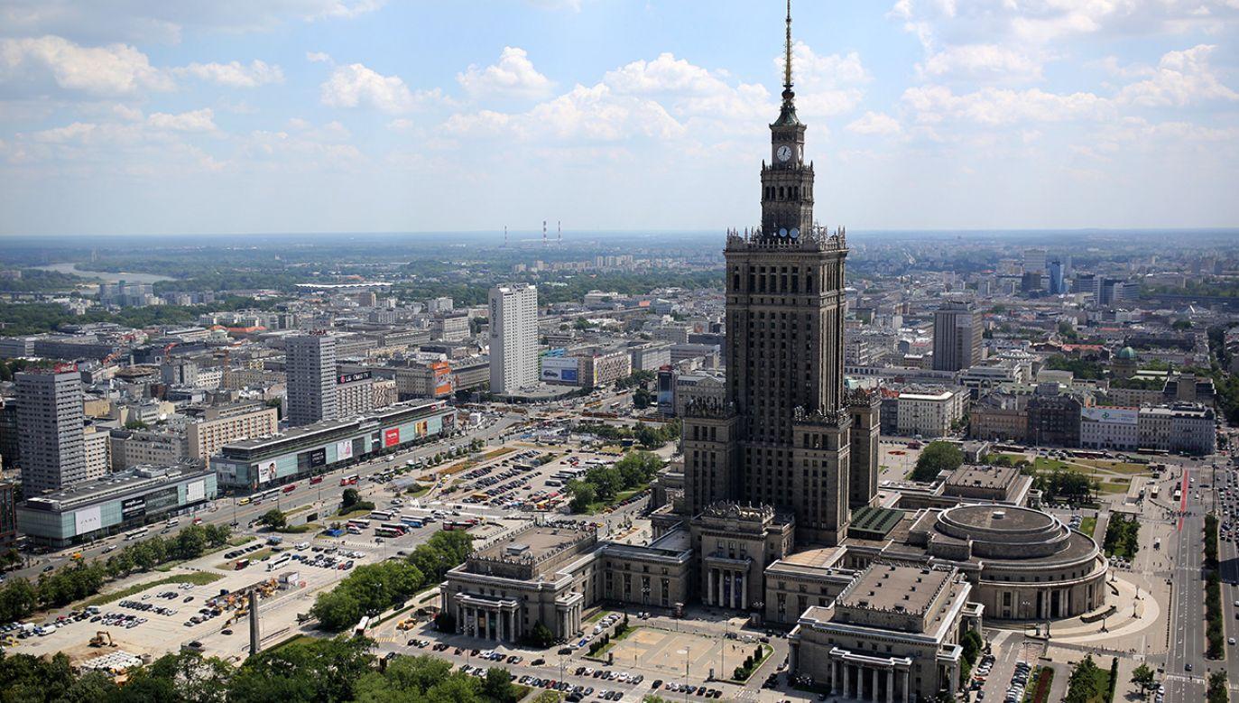 Pałac Kultury i Nauki w Warszawie (fot. PAP/Leszek Szymański)