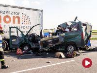 Zderzenie busa z ciężarówką w Lubelskiem. Zginęło pięć osób. Są ranni
