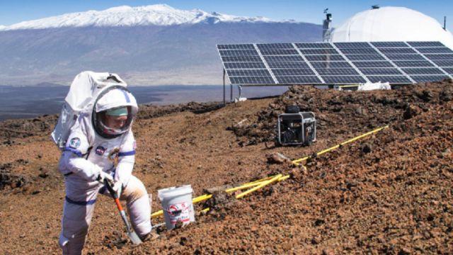Szóstka śmiałków przez rok będzie udawać, że żyje na Marsie. Na pustyni, bez świeżego powietrza i prywatności