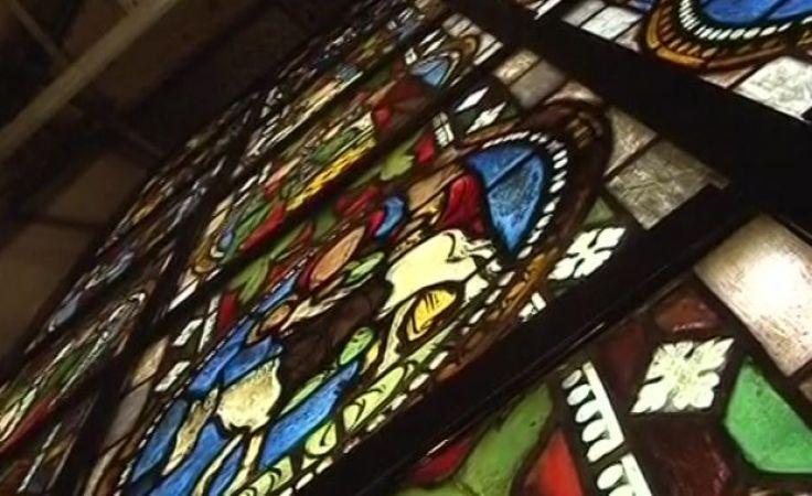 Wypiękniał cenny zabytkowy witraż katedry